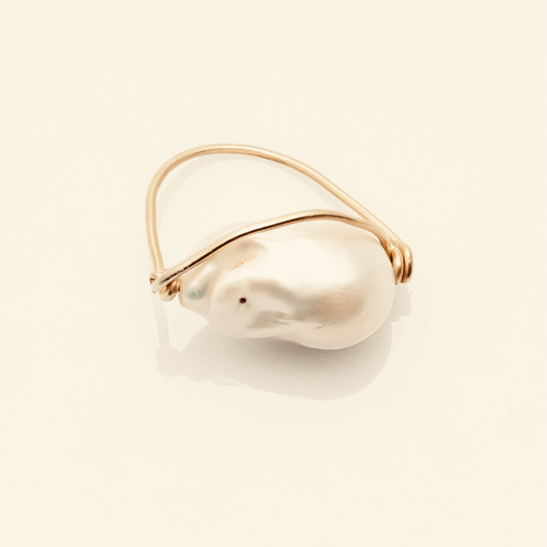 BABY BAROQUE RING